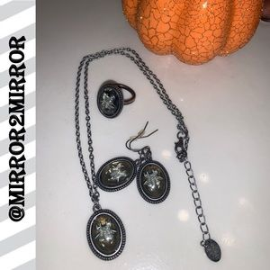 🕷🕸Halloween Spider Necklace, Earrings and a Ring